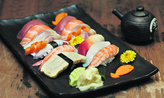 Tokujo Nigiri Plater at Sushinoen