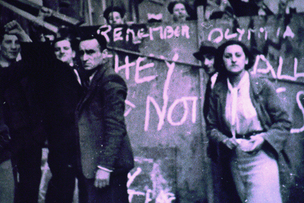'They Shall Not Pass'. Protesters on the barricades at the Battle of Cable Street. Photograph: Tower Hamlets History Library